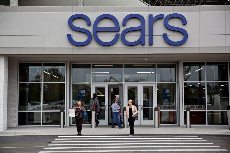 Eddie Lampert submits new bid of roughly $5 billion in last-ditch effort to save Sears from total liquidation